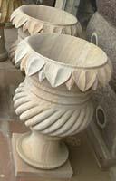 Rukmani arts  flowerpots   code 6