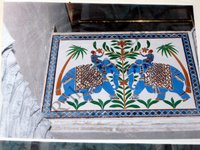 Color Glass Mosaic & Tikri Mirror works, Item Number: 10