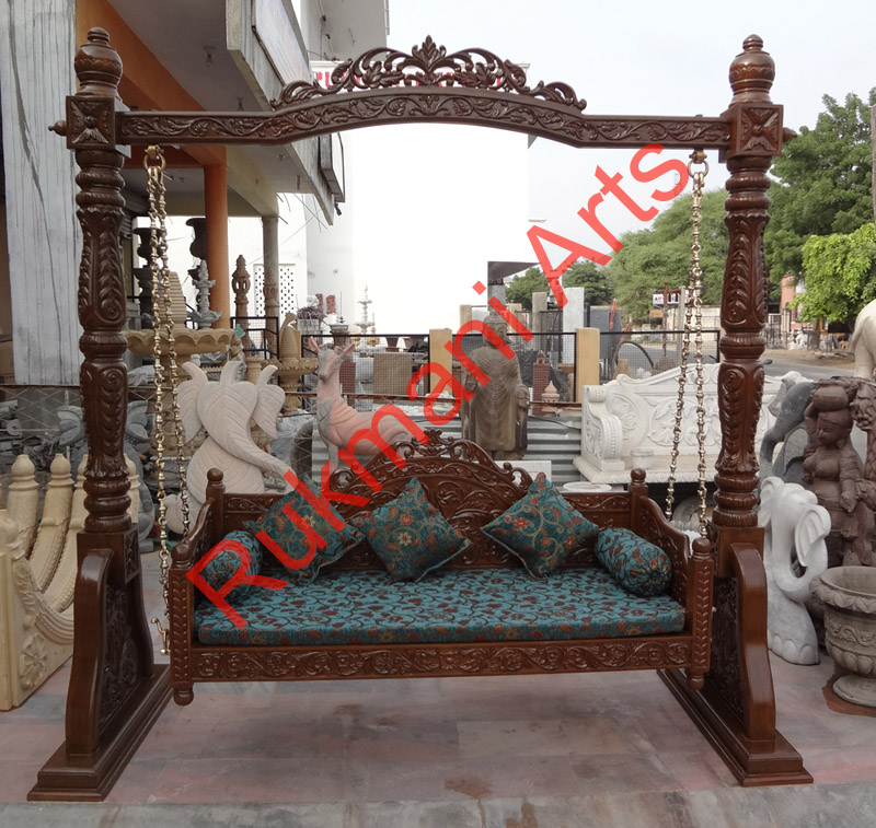 Code 82 buy carved indian maharaja wooden swings wooden for Garden jhoola designs